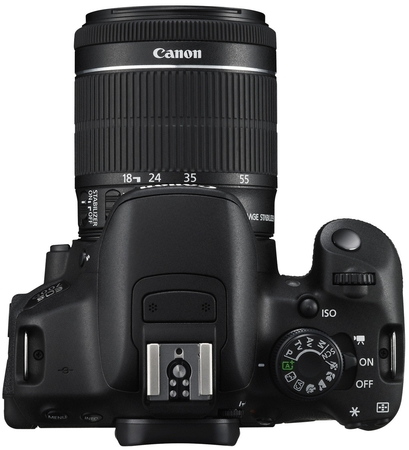 Зеркальный фотоаппарат Canon EOS 700D kit (18-55 mm) EF-S IS STM